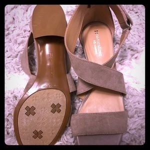 Naturalizer N5 Comfort Sandals